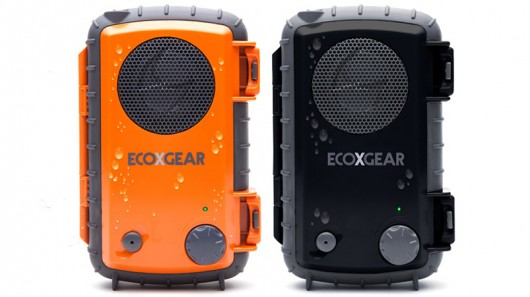 eco Grace Digital Introduces ECOXPRO Waterproof Speaker Case For Smartphones And MP3 Players