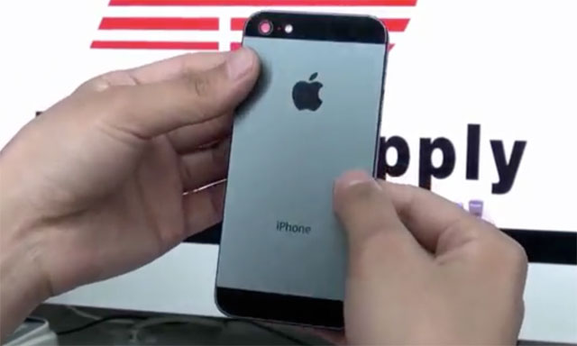 iphone5-black Hands-On Video of New Black, Unibody Metal iPhone 5 Shell?