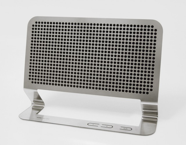02-640x501 New Flat BoomBox Concept Introduced