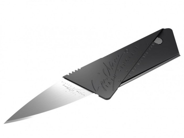 120703-cardsharp-640x479 Stiffer Cardsharp 2 Credit Card Knife Features Child Safety Lock