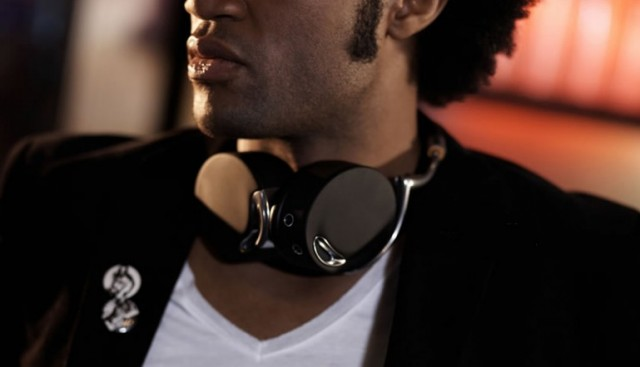 120711-parrot2-640x367 Parrot Zik Are the Most Advanced Wireless Headphones Ever Created
