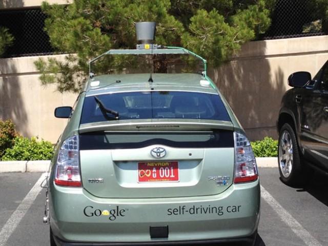 googlecar-640x480 Google's Self-Driving Car Makes Its Way To California