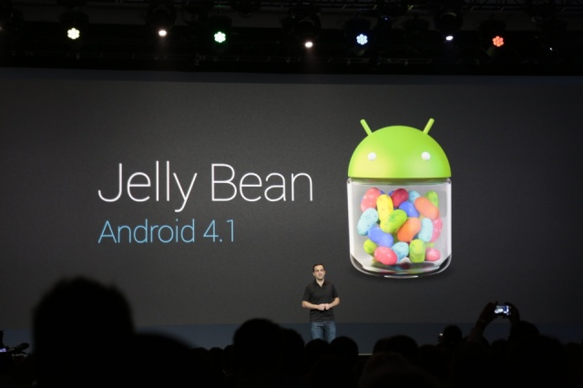 jellyian Motorola Promises Jelly Bean for Everyone, if not, you'll get a $100 credit