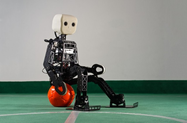 NimbRoOP-640x423 Open Source Robot wants to Win Fifa World Cup