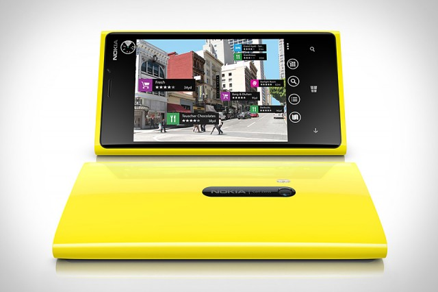 nokia-lumia-920-640x426 Nokia Lumia 920 has finally arrived, how well is it selling on its first day?