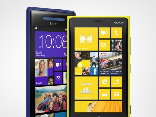 nokia-lumia-htc2-640x480 Windows Phone 8 Rebooting Bug Getting Fixed In December