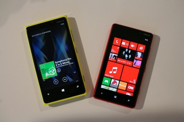 windows-phone-640x426 AT&T Nokia Lumia 920 and HTC 8X Both A Steal At Just $100