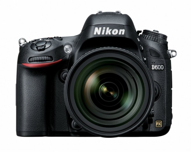 d600-640x511 12 Awesome Last Minute Gadget Deals You'll Still Get by Christmas