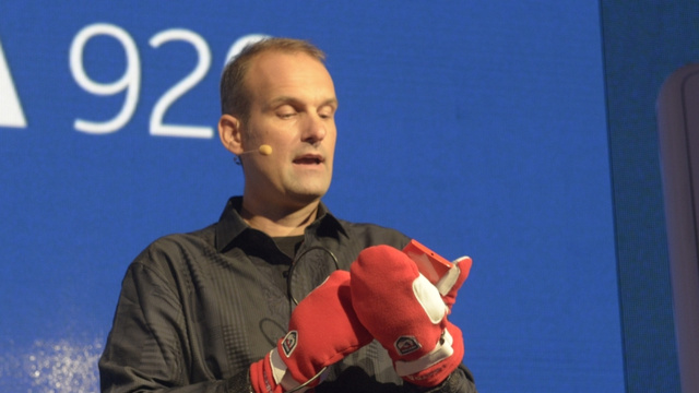 nokia_glove Top Mobile Technology Innovations of 2012
