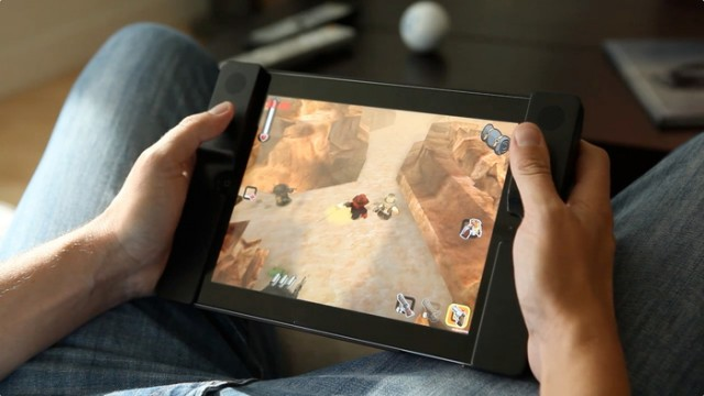 130123-audojo1-640x360 Audojo Gaming Case for iPad Adds Dual Analog Sticks (Video)