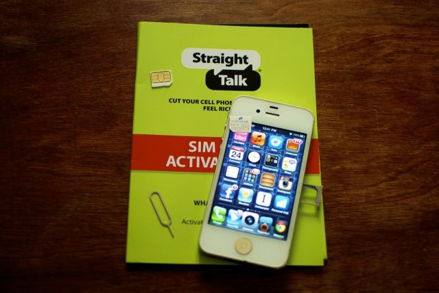 straighttalk Straight Talk Now Offering iPhone 4 and 5 Contract Free