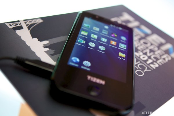 tizen Samsung Confirms it Will Release Tizen-based Smartphones in 2013