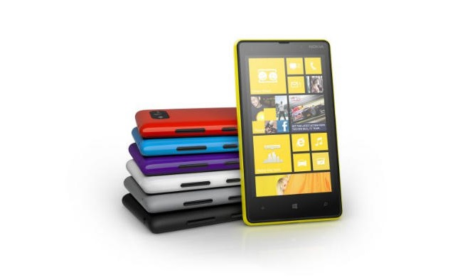lumia-920 Nokia Ships 5.6 million Lumias, May Be Considering 5-Incher