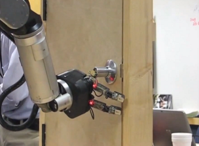 darpa-irobot-arm iRobot Hand For The DARPA ARM Program (Video)