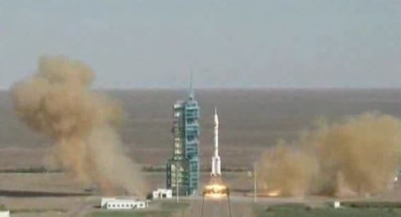130611-china China Launches Fifth Manned Space Mission
