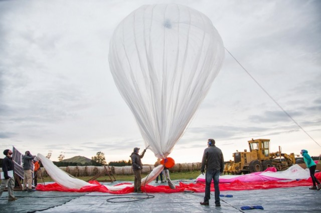 130618-loon-640x426 Video: Google Project Loon Balloons Connect Remote Areas to the Web