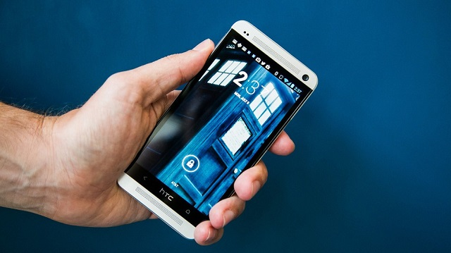 HTC-Phone R2B2 Robot Can Crack Your Android PIN Code