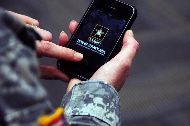 army-iphone-app US Department of Defense Getting An App Store