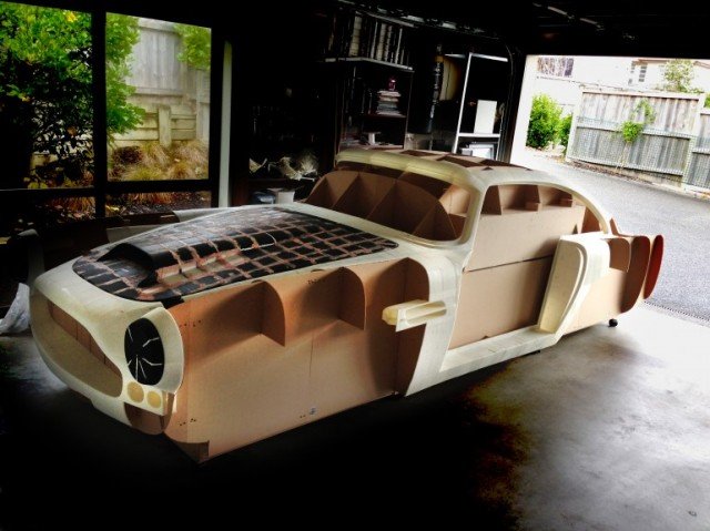 aston-replica-640x479 Using a 3D Printer to Create Fully Working Aston Martin DB4 Replica? Seems Crazy, but Apparently Possible