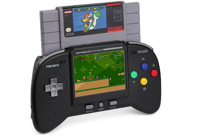 retro-duo-portable Retro Duo Portable Allows You to Play Your Retro NES/SNES Games on the Go