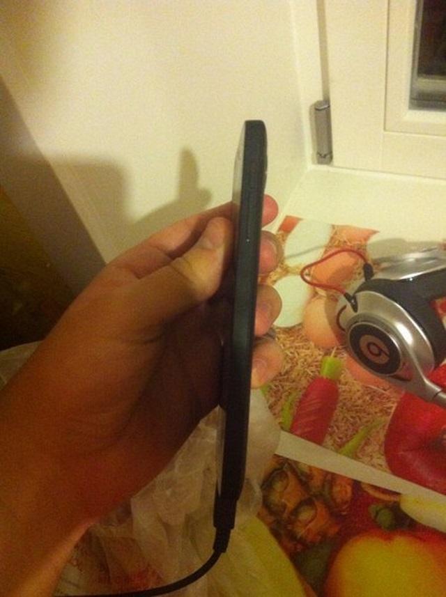 nexus-5-leak-3 Nexus 5: Hands-On Pictures And Video