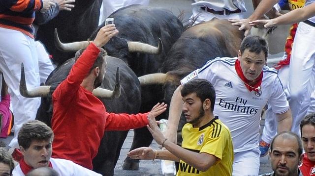 Running-Bulls-Selfie-Spain