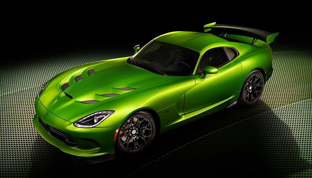 SRT-Viper-with-Stryker-Green-paint