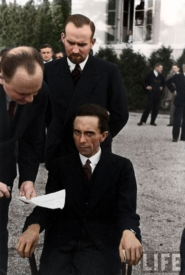 history-in-color-24