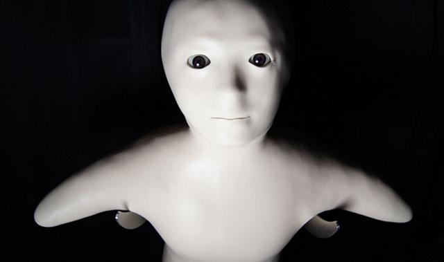 telenoid-Hiroshi-Ishiguro