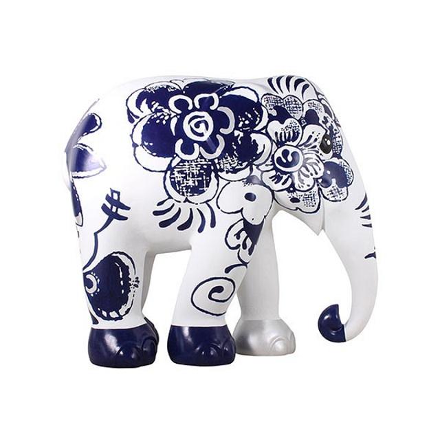 elephant-model-1