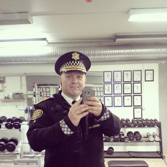 police-instagram-logreglan-reykjavik-iceland-16
