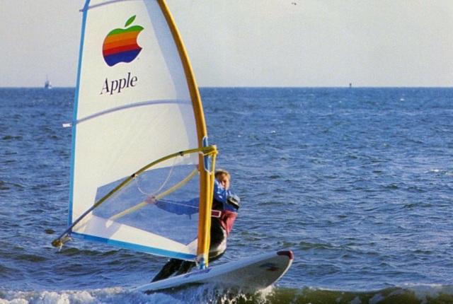 apple-surfboard