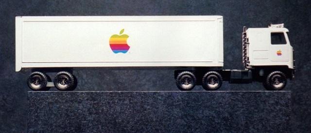 apple-toy-truck