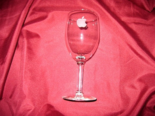 apple-wine-glass