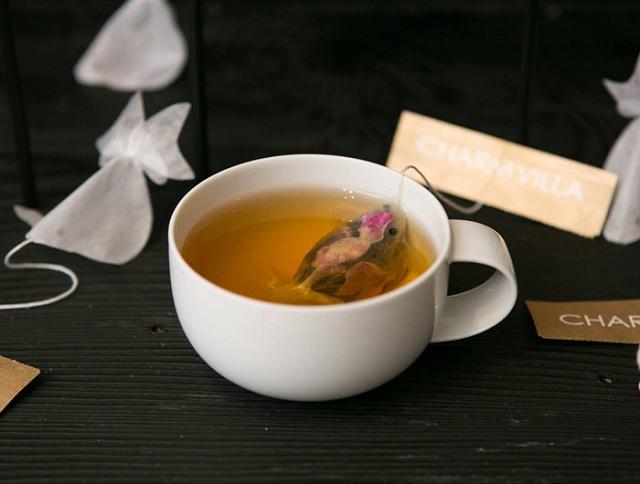 gold-fish-tea-bag-charm-villa-6